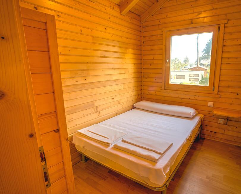 Bungalows-Sanxenxo-habitacion